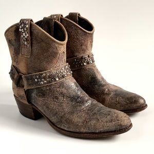 FRYE } Deborah Harness Studded Short Boots